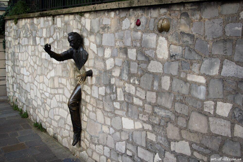 Жан маре, монмартр, людина, яка проходить крізь стіну