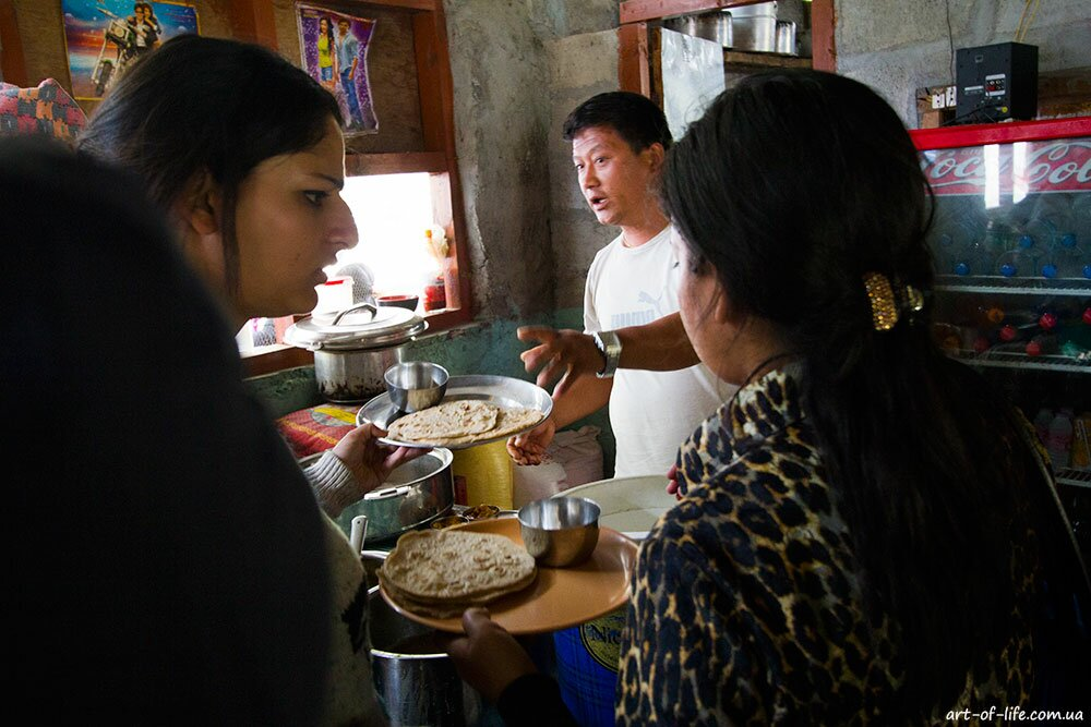 трекінг в Непалі, трек навколо Аннапурни, Татопані