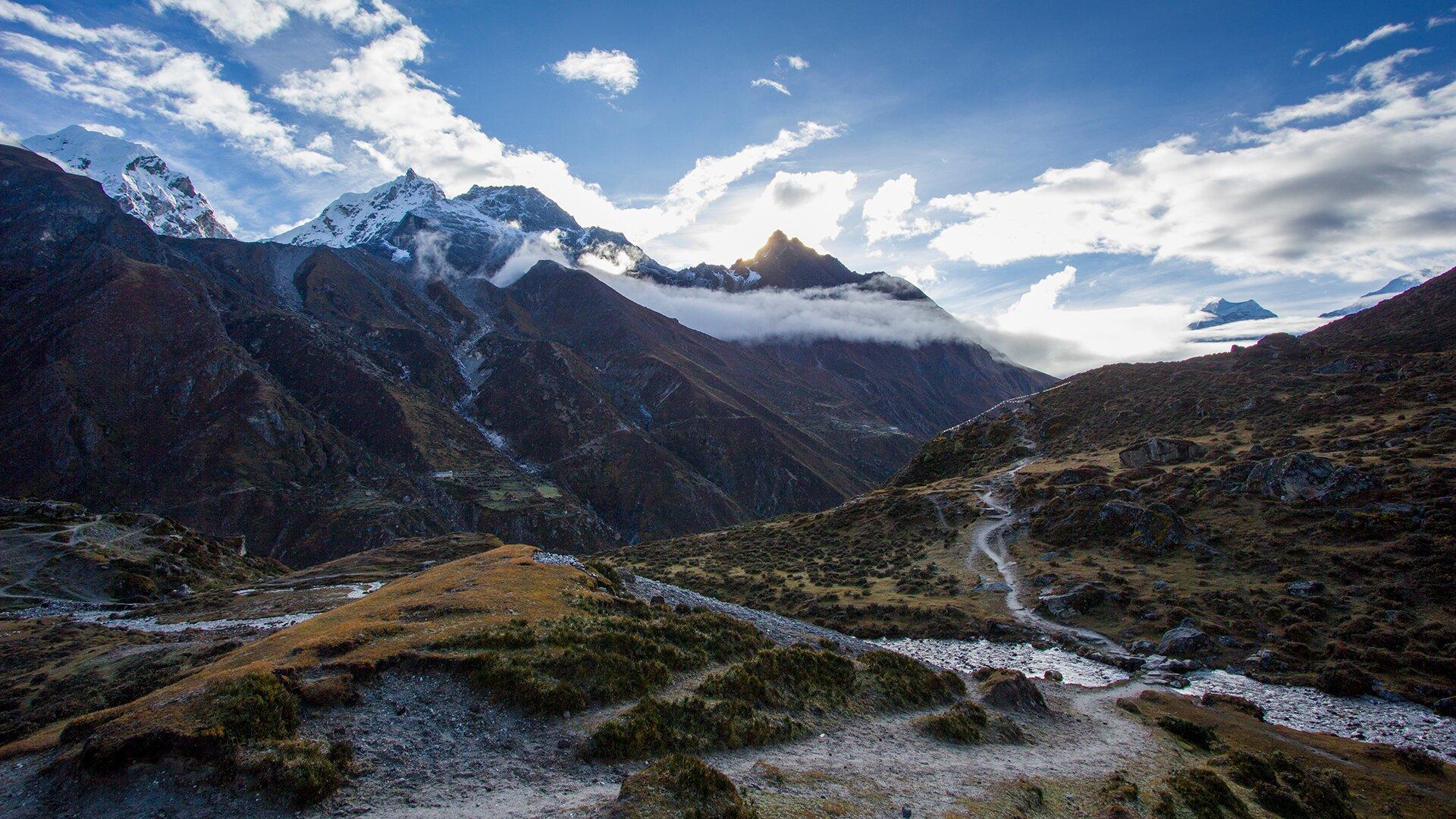 Everest Base Camp travelogue. Частина 2. Трек до базового табору Евереста - ціна, опис